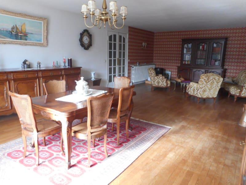 Sale house / villa Lons le saunier 185000€ - Picture 3