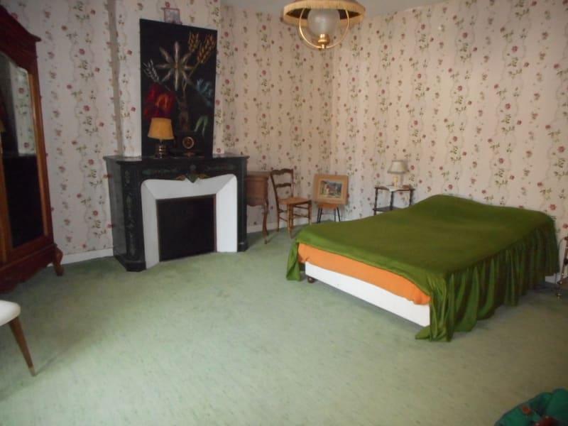 Sale house / villa Lons le saunier 185000€ - Picture 6