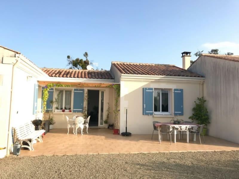 Rental house / villa Prignac 765€ CC - Picture 1
