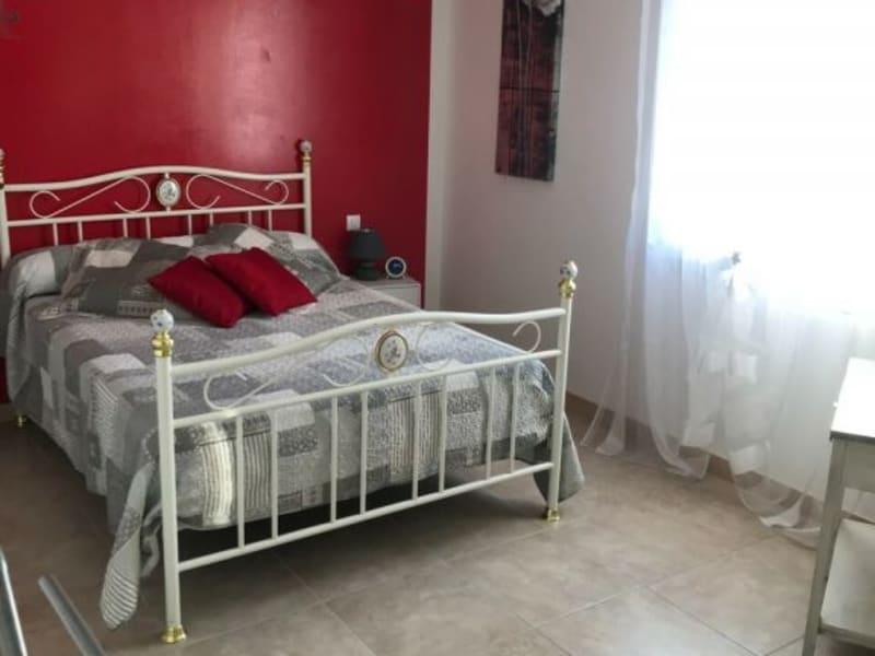 Rental house / villa Prignac 765€ CC - Picture 9