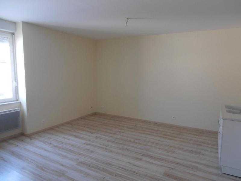 Location appartement Izenave 260€ CC - Photo 3