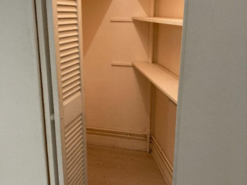 Location appartement Paris 15ème 790€ CC - Photo 4