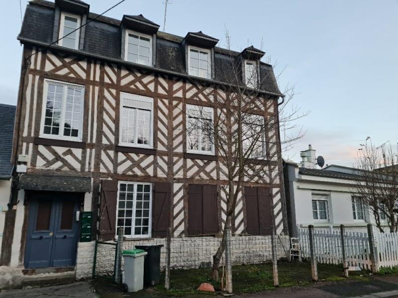 Sale building Lisieux 183750€ - Picture 1