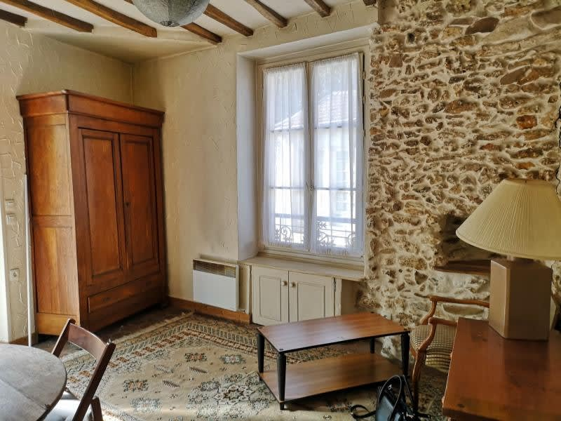 Location maison / villa Orgeval 650€ CC - Photo 2