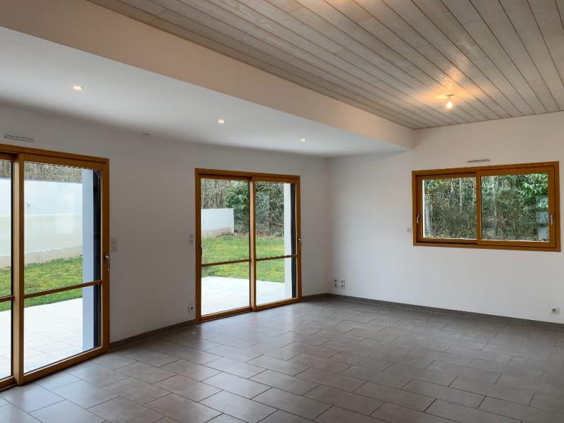 Sale house / villa Ploneour lanvern 304500€ - Picture 2