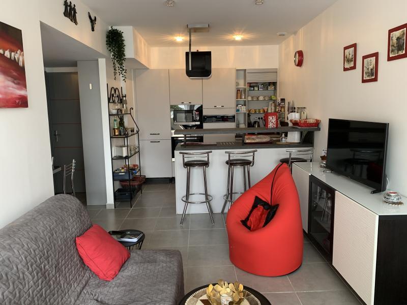Sale apartment Le grau du roi 229000€ - Picture 1