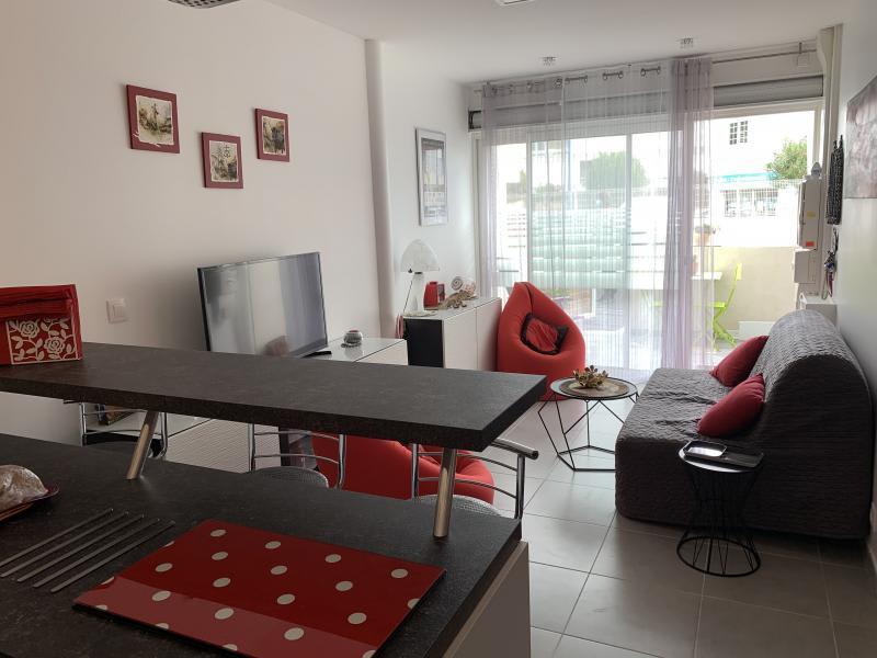 Sale apartment Le grau du roi 229000€ - Picture 2
