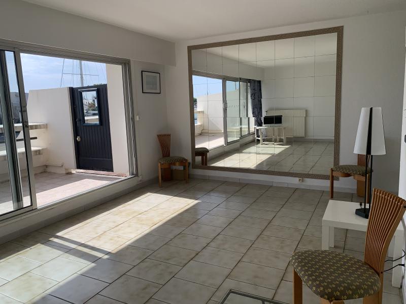 Sale apartment Port camargue 399000€ - Picture 2
