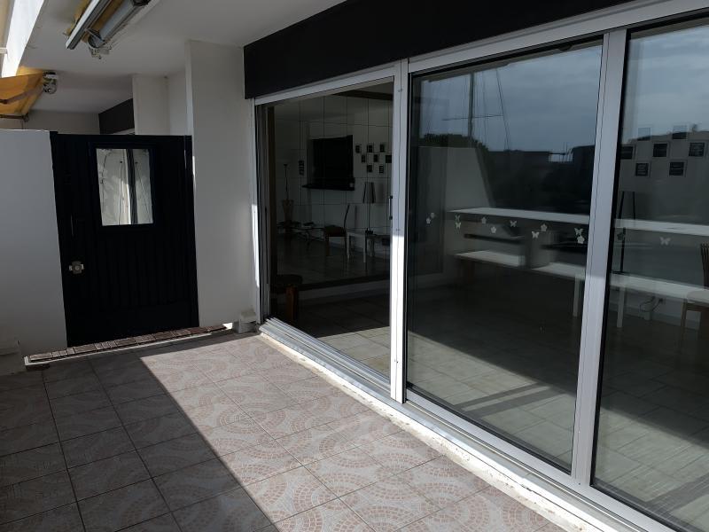 Sale apartment Port camargue 399000€ - Picture 3
