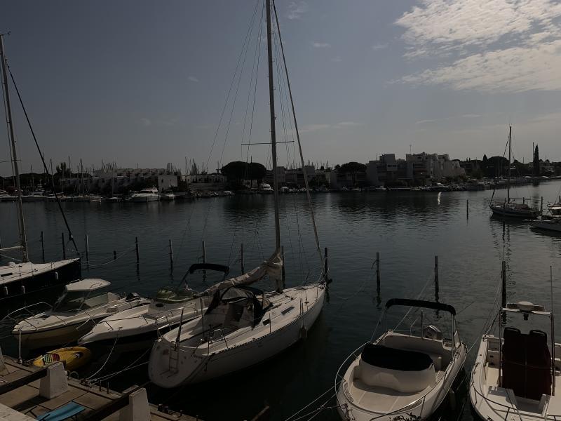 Sale apartment Port camargue 399000€ - Picture 5