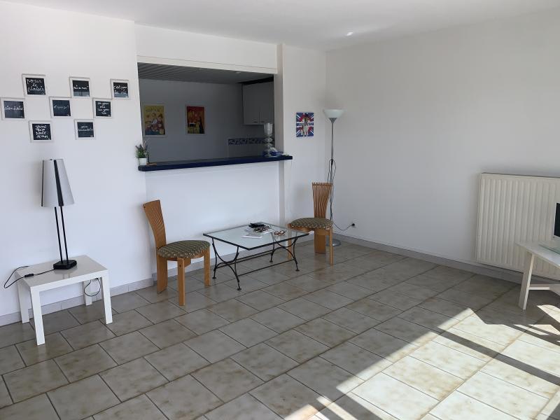 Sale apartment Port camargue 399000€ - Picture 7