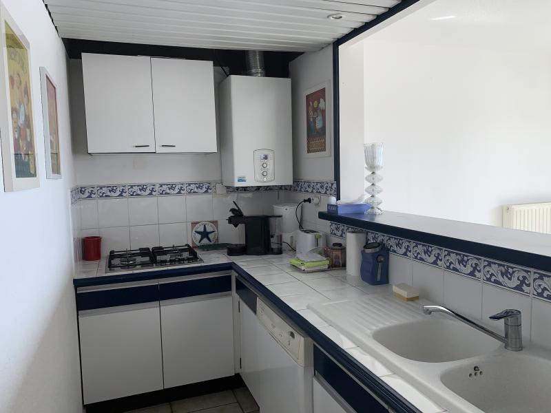 Sale apartment Port camargue 399000€ - Picture 9