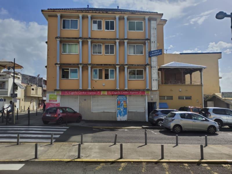 Location local commercial Le lamentin 1541,60€ CC - Photo 1