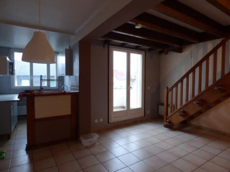 Location appartement Houilles 740€ CC - Photo 2