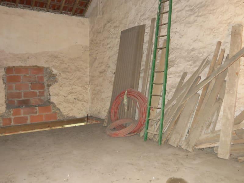 Vente maison / villa Quincy voisins 140000€ - Photo 3