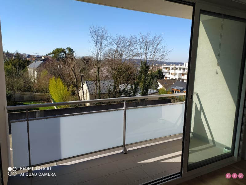 Location appartement Poissy 781,10€ CC - Photo 1