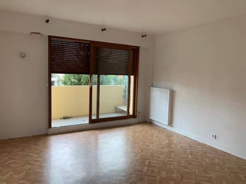 Location appartement Rueil malmaison 835€ CC - Photo 1