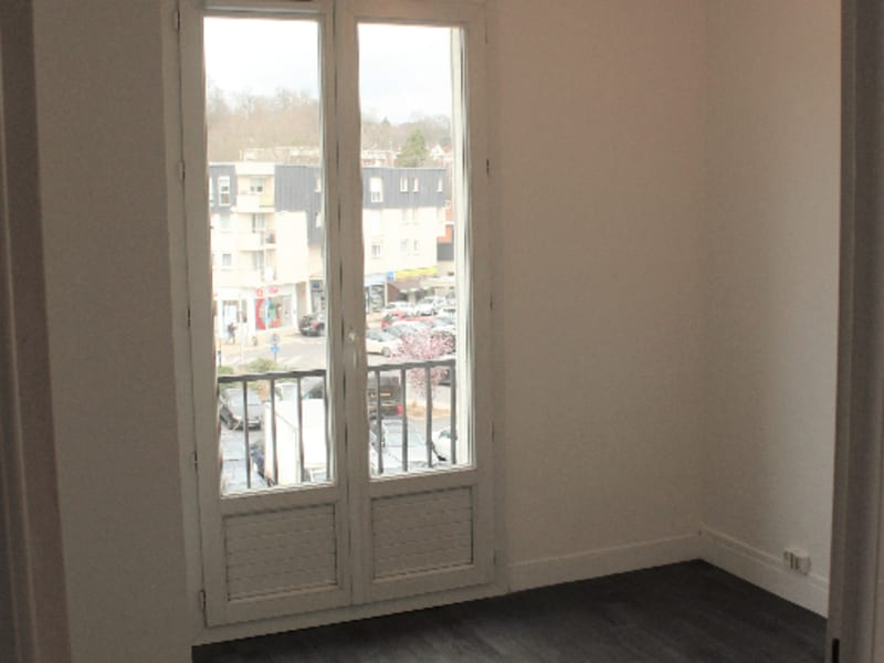Rental apartment Juvisy sur orge 889€ CC - Picture 4