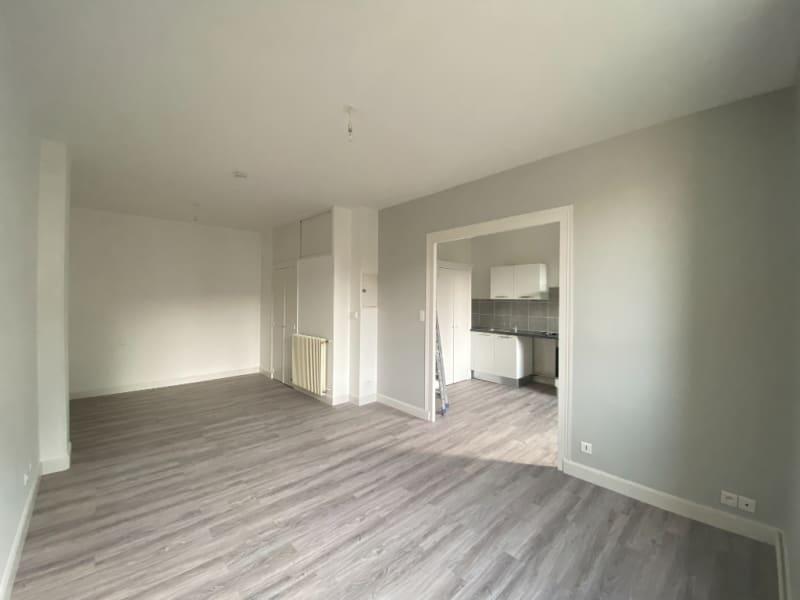 Location appartement Voiron 465€ CC - Photo 2