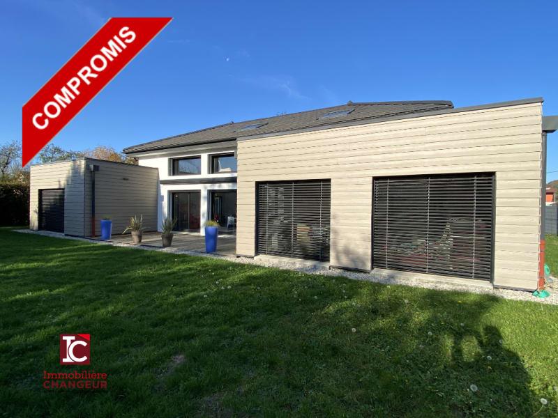 Sale house / villa Coublevie 668000€ - Picture 1