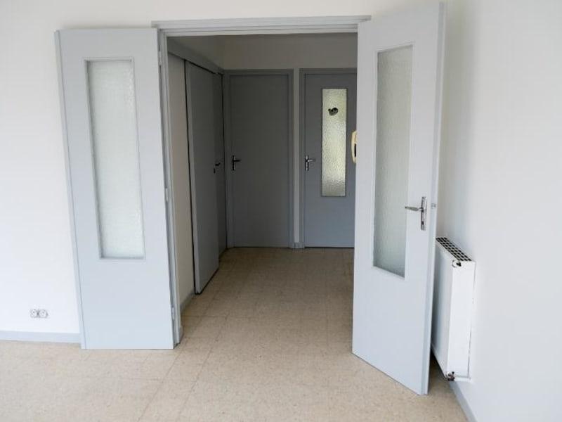 Rental apartment Aix en provence 727€ CC - Picture 3