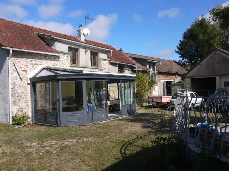 Sale house / villa Lommoye 268000€ - Picture 1