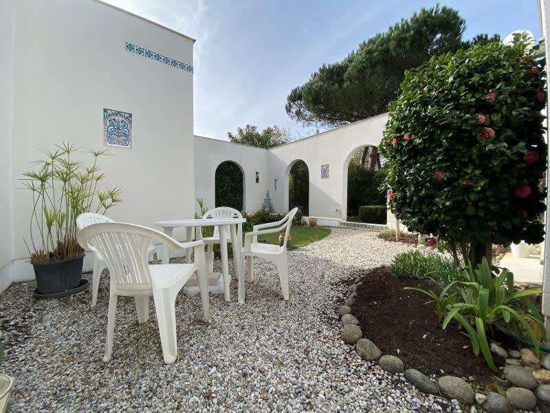 Sale house / villa Ares 530000€ - Picture 2