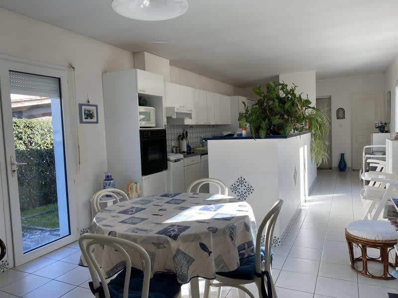 Sale house / villa Ares 530000€ - Picture 6
