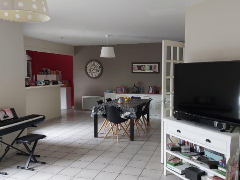 Vente maison / villa Chauray 239900€ - Photo 6