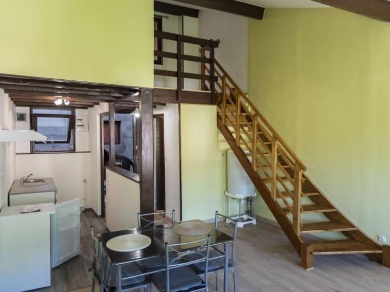 Rental apartment Nantua 375€ CC - Picture 2