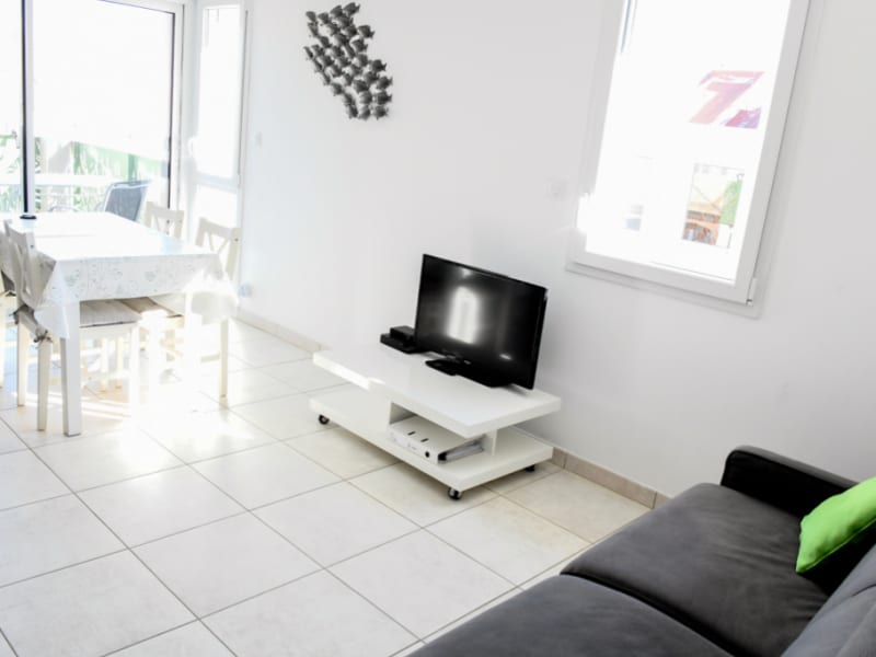 Rental apartment Le grau du roi 469€ CC - Picture 1