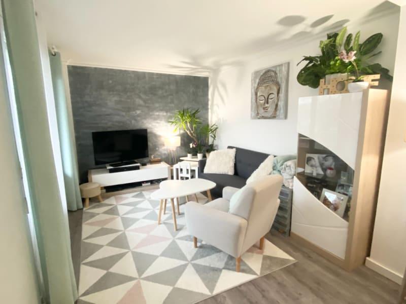 Sale apartment Montesson 399000€ - Picture 2