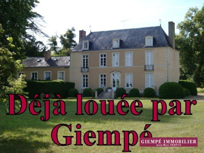 Location maison / villa Bazouges-sur-le-loir 1200€ CC - Photo 1
