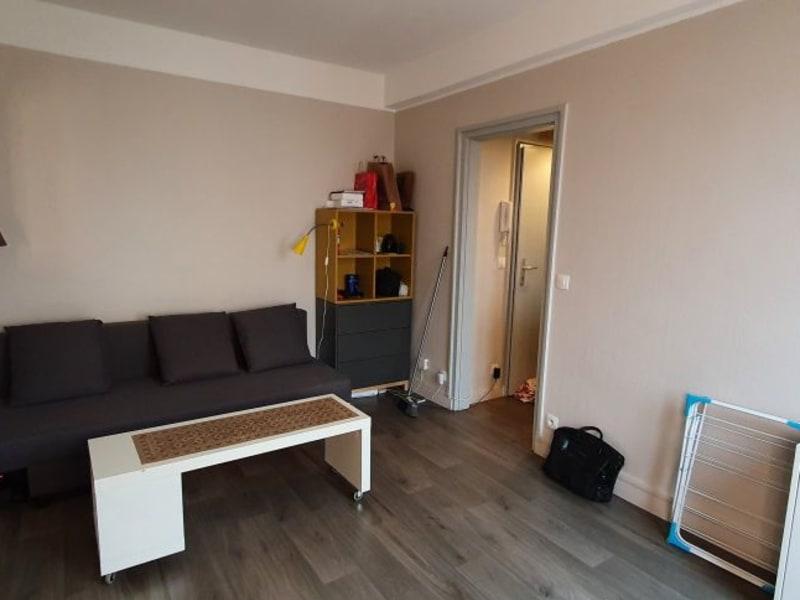 Rental apartment Paris 20ème 885€ CC - Picture 2