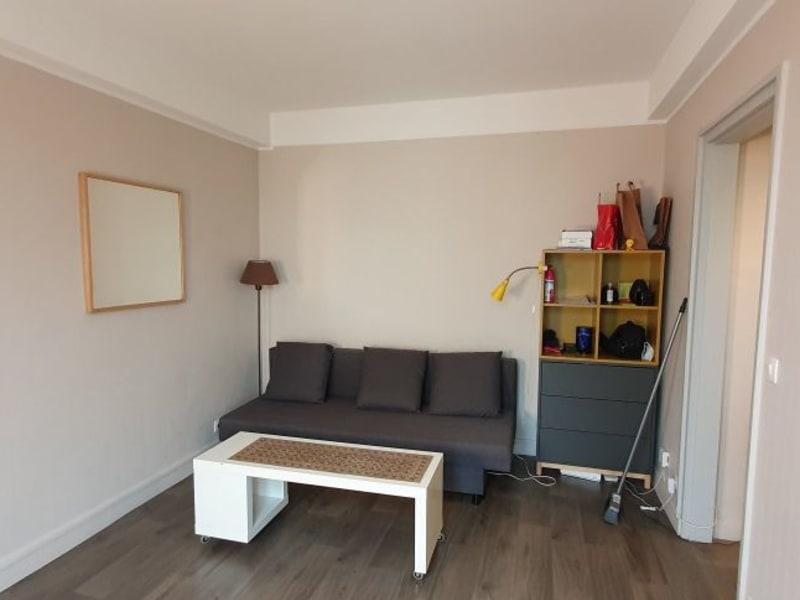 Rental apartment Paris 20ème 885€ CC - Picture 3