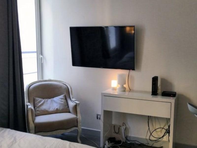 Rental apartment Paris 2ème 1100€ CC - Picture 3