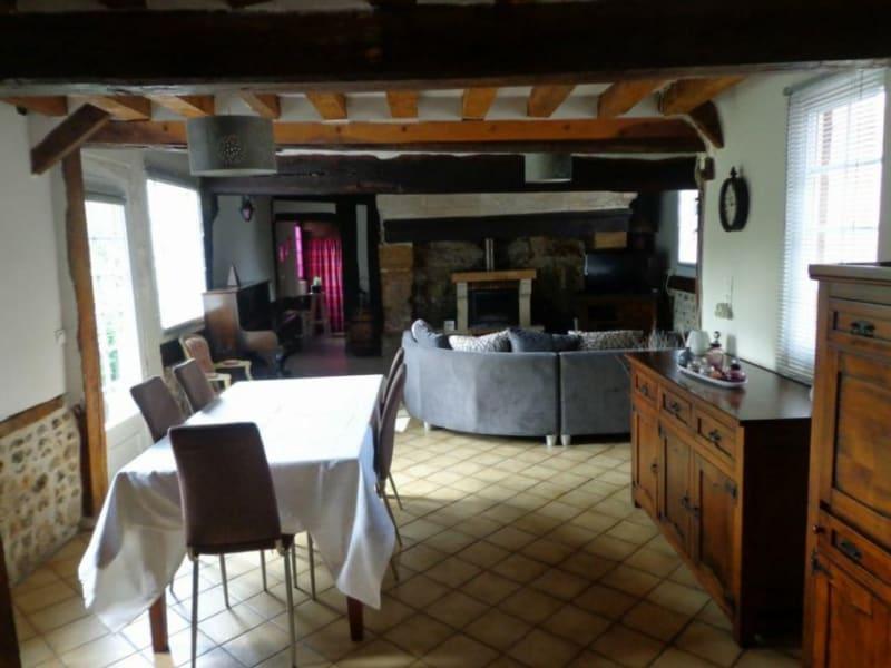 Sale house / villa Livarot-pays-d'auge 142000€ - Picture 3