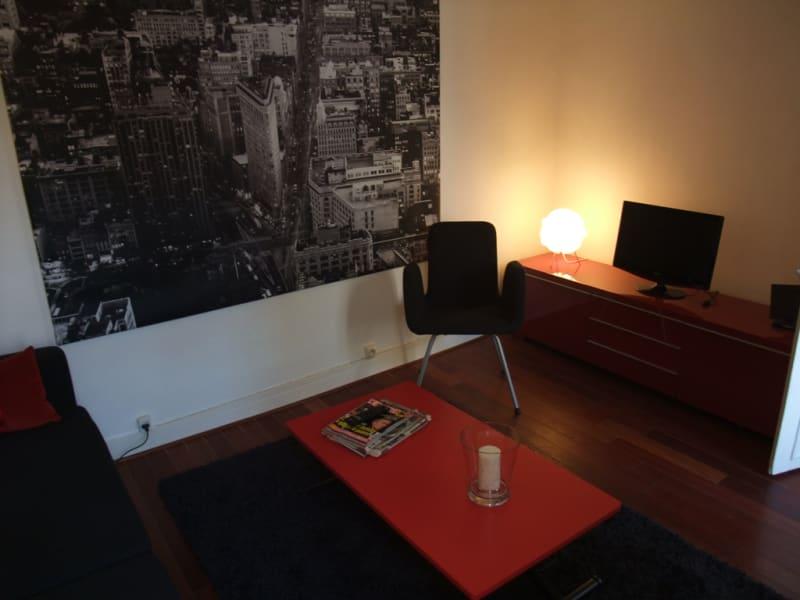 Rental apartment Paris 8ème 1600€ CC - Picture 2