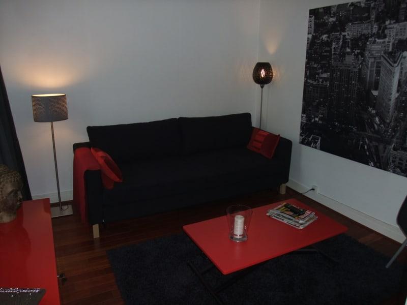 Rental apartment Paris 8ème 1600€ CC - Picture 4