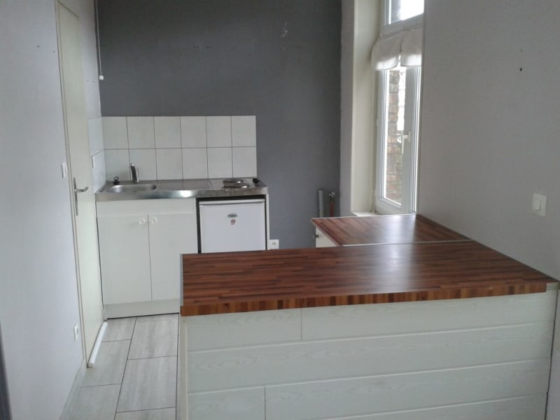 Rental apartment Armentieres 468,73€ CC - Picture 3