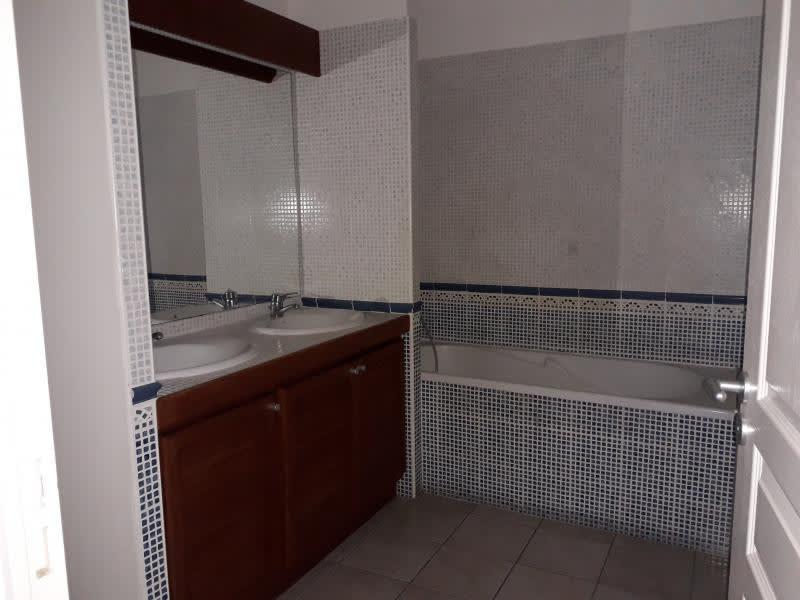 Location appartement Belle pierre 944€ CC - Photo 8