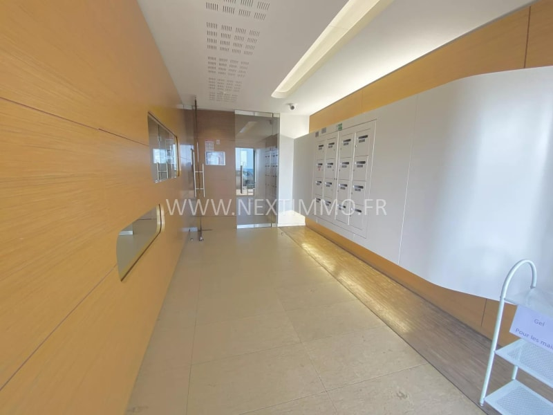 Deluxe sale apartment Menton 390 000€ - Picture 2