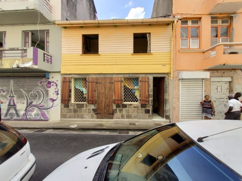 Location maison / villa Fort de france 1164€ CC - Photo 2