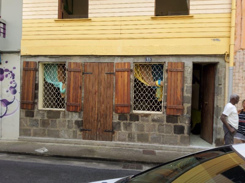 Location maison / villa Fort de france 1164€ CC - Photo 3
