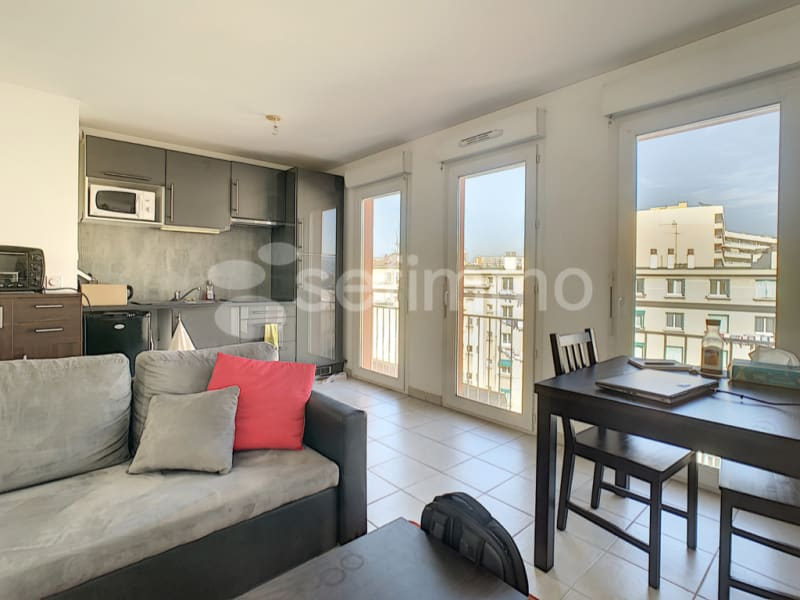 Rental apartment Marseille 5ème 686€ CC - Picture 2
