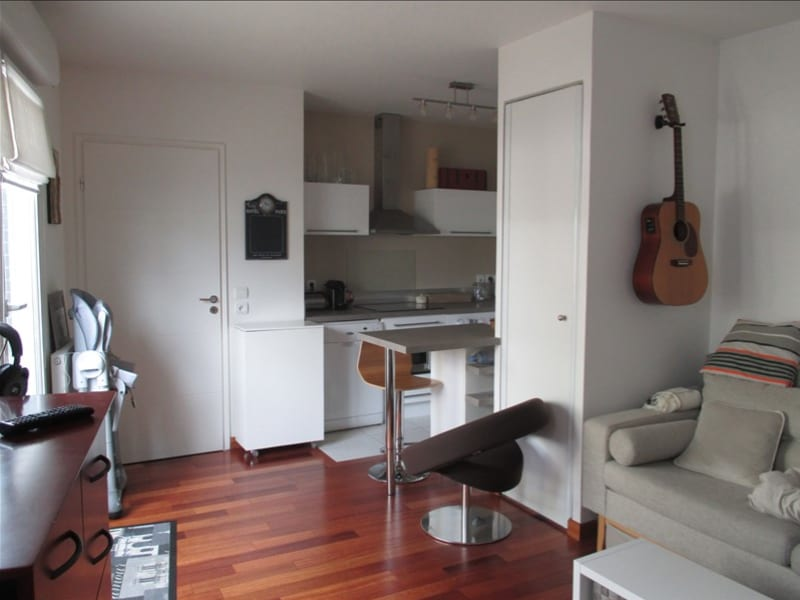 Rental apartment Velizy villacoublay 995€ CC - Picture 2