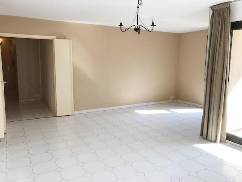 Sale apartment Avignon intra muros 360000€ - Picture 2