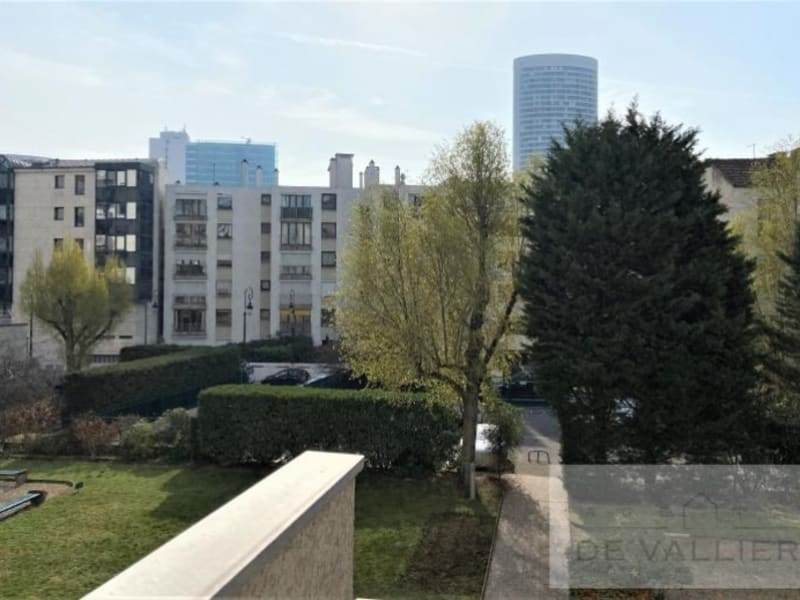 Sale apartment Puteaux 395 000€ - Picture 1