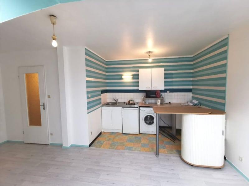 Sale apartment Quimper 74460€ - Picture 3