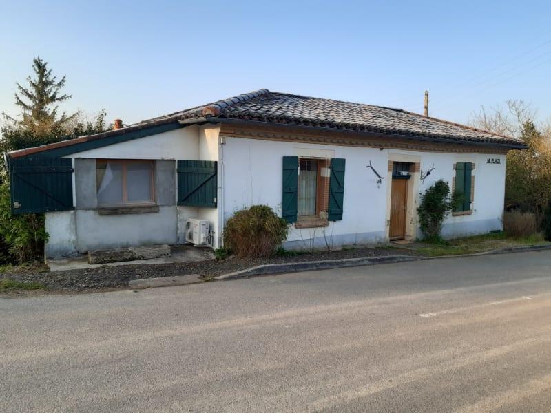 Vente maison / villa L'isle-jourdain 135850€ - Photo 1
